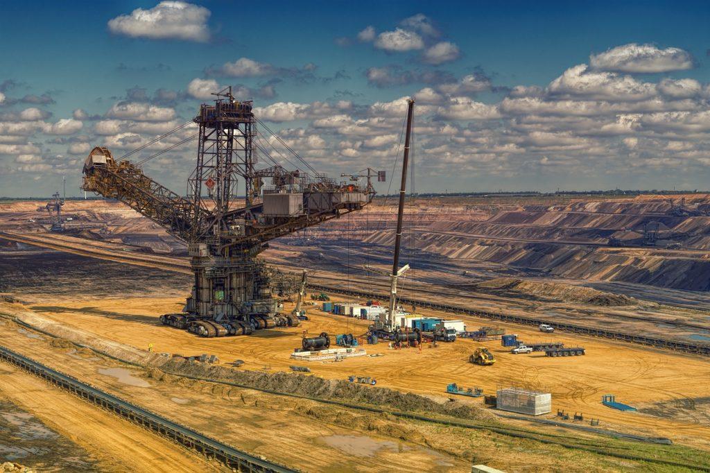 Mine exploitation à ciel ouvert charbon brun